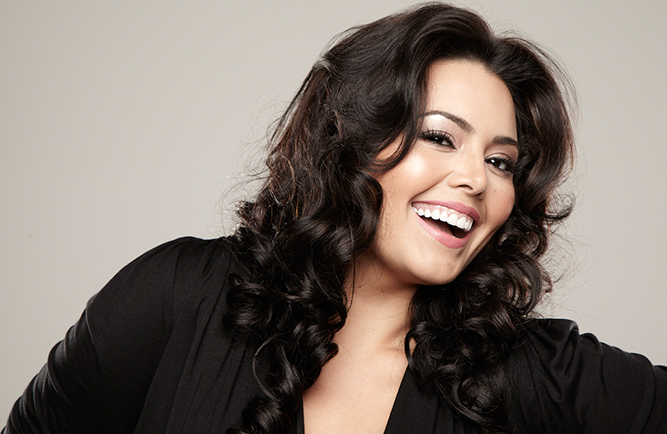 Rosie Mercado Is Curvalicious!
